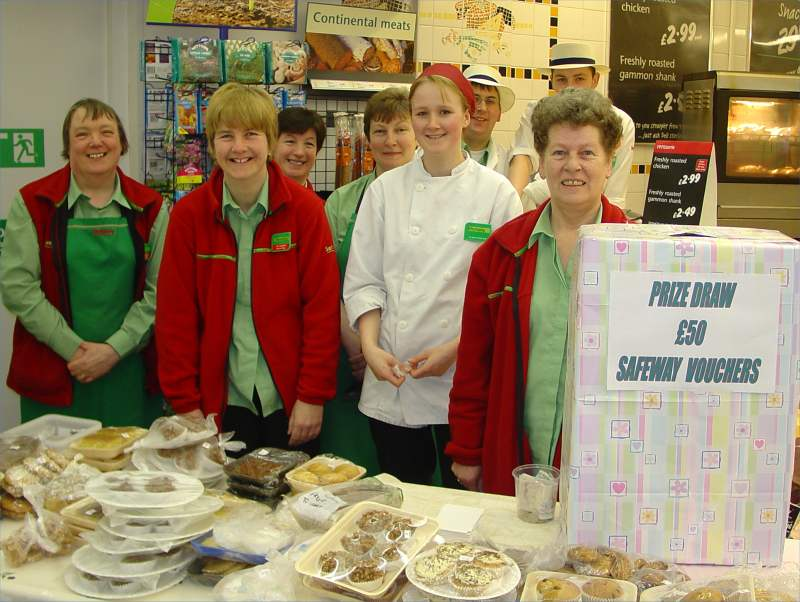 Photo: Safeway Staff Wick Raise £319 For Maternity Campaign