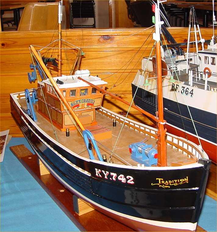 Pentland model boat club fishing boats 7 of 14 for Model fishing boats