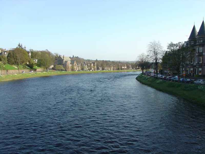 Photo: Inverness - A Walk At Dusk 21 April 2005
