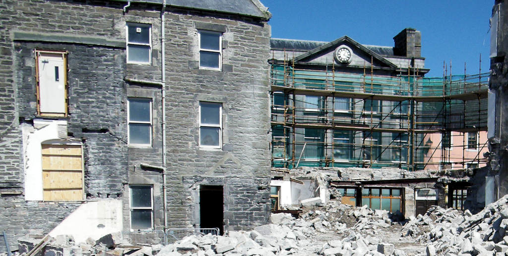 Photo: Wick Council Offices Demolition Moving Fast