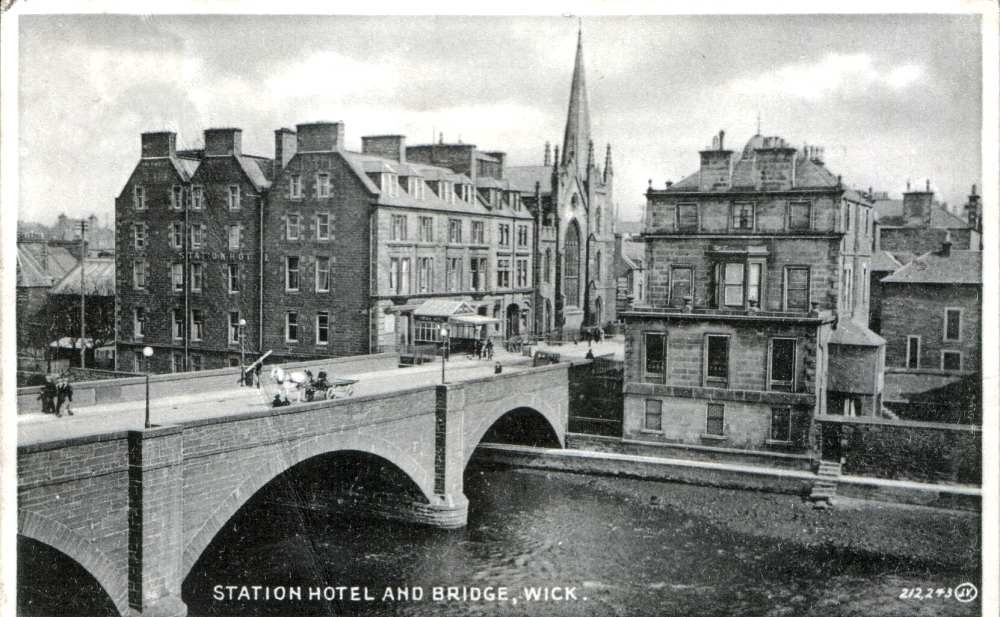 Photo: Station Hotel and Bridge, Wick - Posted 11 August 1931