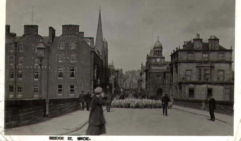 Photo: Bridge Street - Postmark 1906
