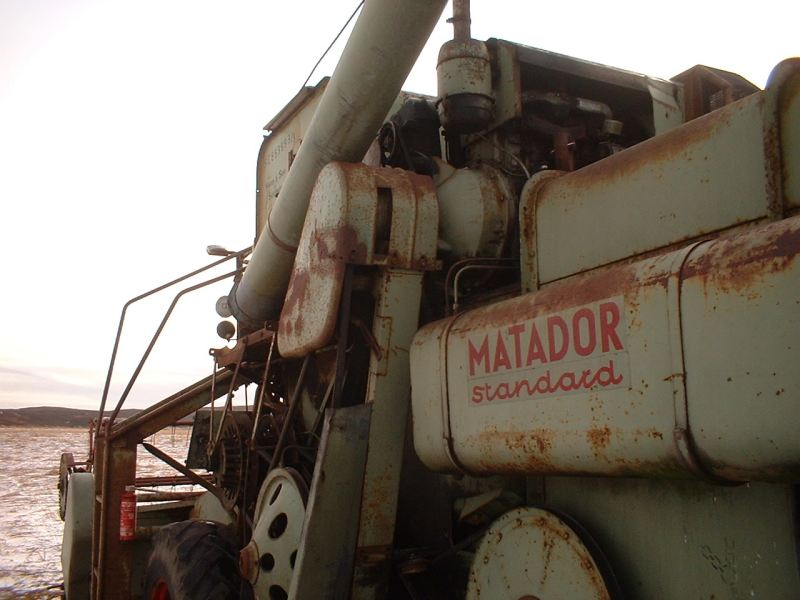 Photo: Combine Harvester At Yarrows