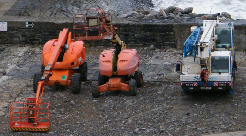 Photo: Vehicles At Wick Harbour