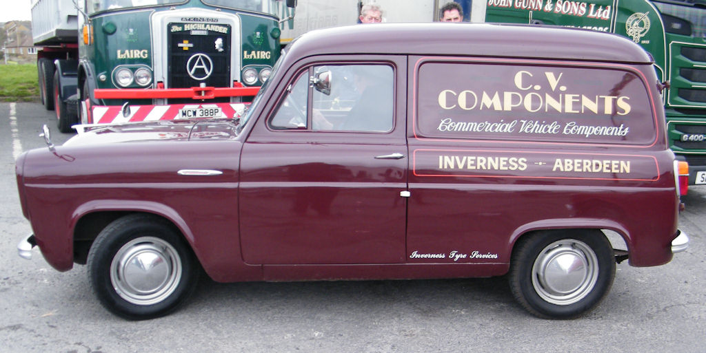 Photo: Ford Thames 300E 7cwt Van 1959