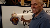 Alex Paterson paints new Legion sign