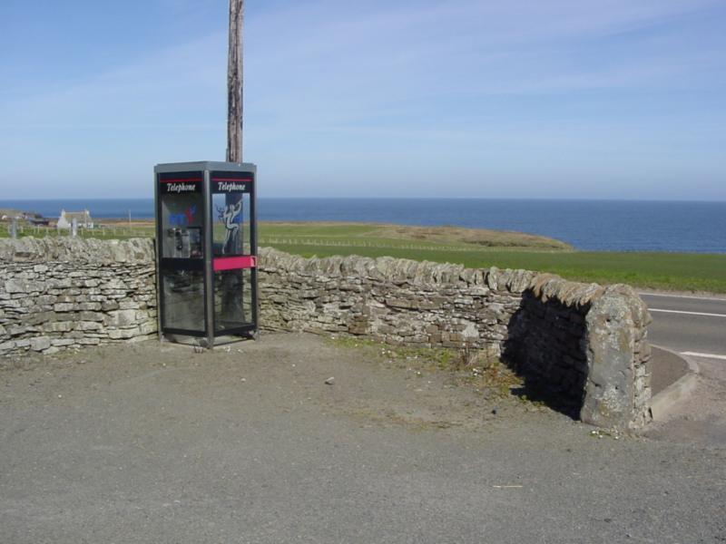 Photo: Auckengill Telephone Box