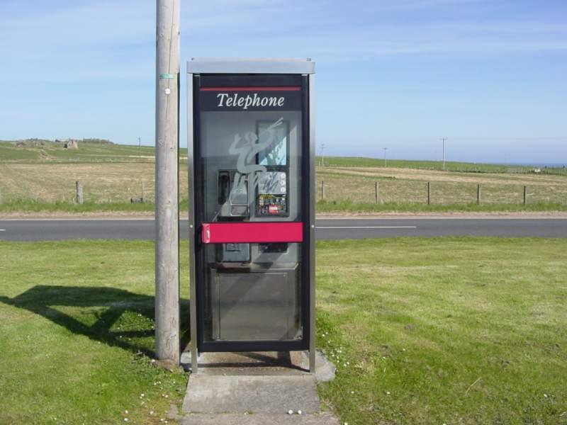 Photo: Everley Telephone Box