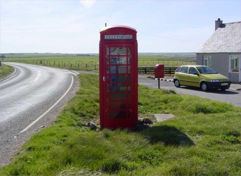 Photo: Huna Telephone Box