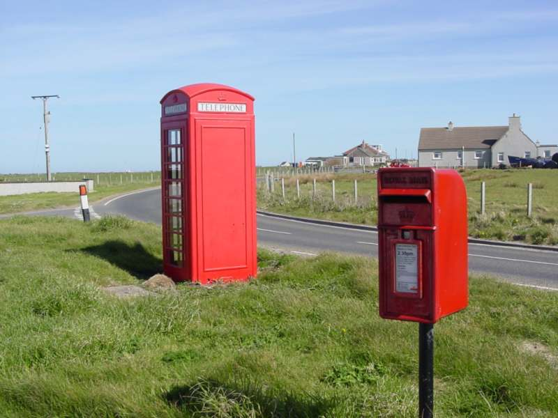 Photo: Huna Telephone Box