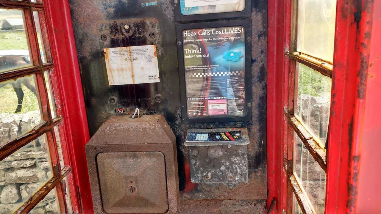 Photo: Reay Telephone Box - Phone gone